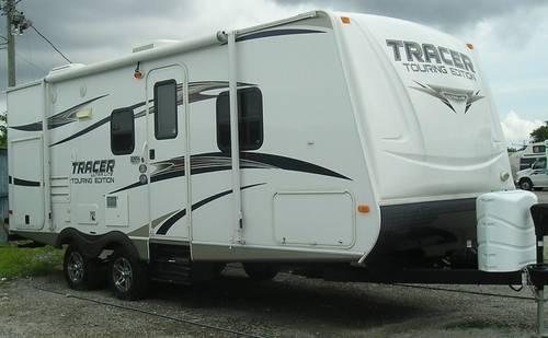 Tracer Touring Edition Travel Trailer