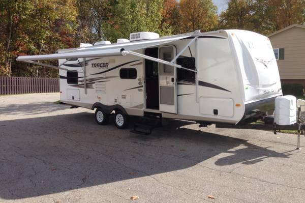 Tracer Air Travel Trailer Bhs