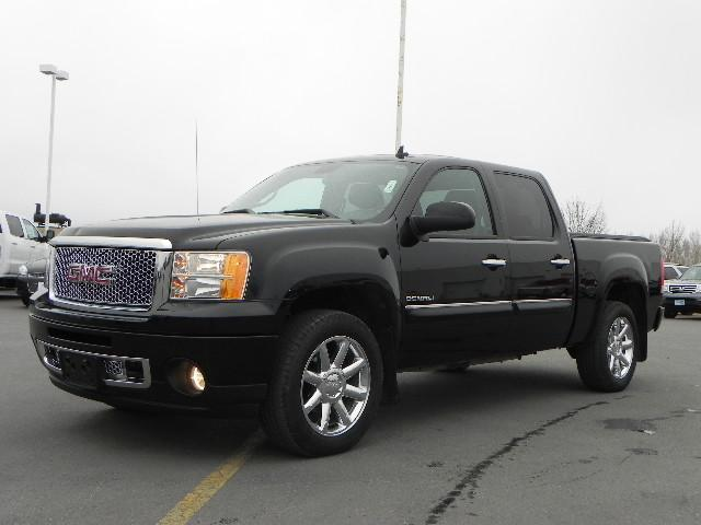 2012 gmc sierra 1500 denali fargo nd for sale in fargo north dakota classified. Black Bedroom Furniture Sets. Home Design Ideas
