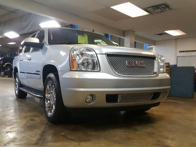 2012 gmc yukon xl denali awd denali xl 4dr suv for sale in indianapolis indiana classified. Black Bedroom Furniture Sets. Home Design Ideas