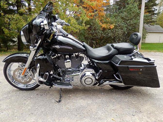 2012 harley davidson cvo flhxse street glide screamin 39 eagle like new 3496 miles for sale in. Black Bedroom Furniture Sets. Home Design Ideas
