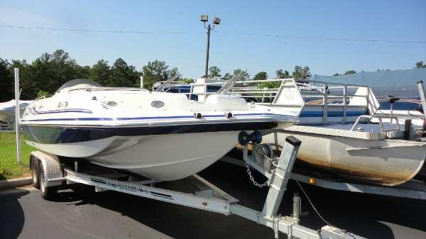 2012 Hurricane Boats Sundeck Sport 201 Io For Sale In