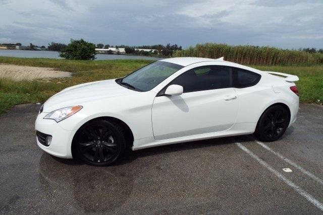 2012 hyundai genesis coupe 2d coupe 2 0t for sale in miami florida classified. Black Bedroom Furniture Sets. Home Design Ideas