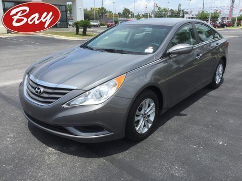 2012 HYUNDAI SONATA 4 DOOR SEDAN