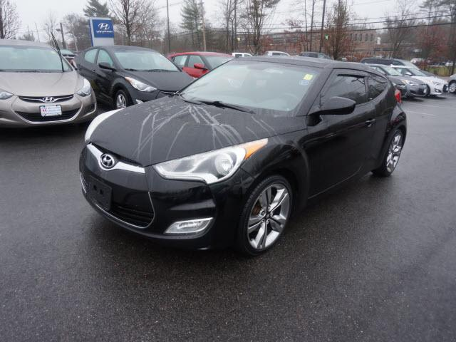2012 hyundai veloster 3dr coupe w red seats for sale in raynham massachusetts classified. Black Bedroom Furniture Sets. Home Design Ideas