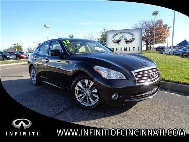 2012 infiniti m56 4dr car for sale in symmes township ohio classified. Black Bedroom Furniture Sets. Home Design Ideas