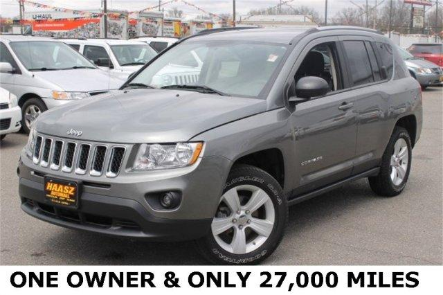 2012 jeep compass 4x4 latitude 4dr suv for sale in black. Black Bedroom Furniture Sets. Home Design Ideas