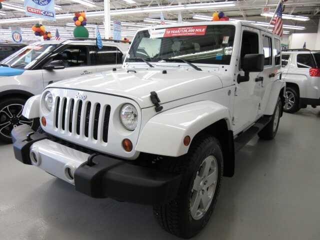 2012 Jeep Wrangler Unlimited Sahara 4x4 Sahara 4dr SUV