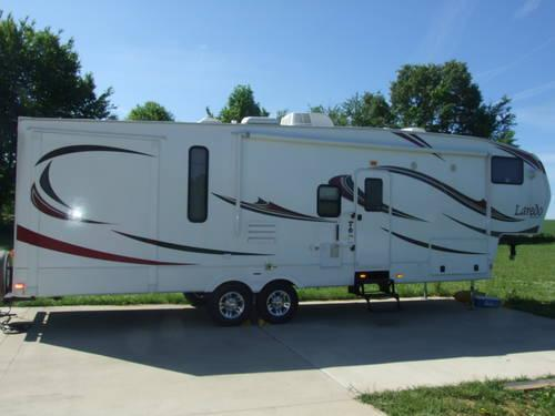 2012 Keystone Laredo Fifth Wheel