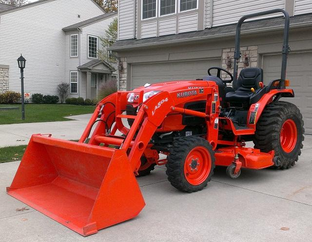 2012 kubota b3200 compact tractor for sale in newark ohio rh newark oh americanlisted com Kubota B7510 Backhoe Attachment Kubota B3200 Specs