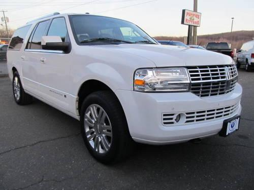 2012 lincoln navigator l 4wd sport utility vehicles for sale in danbury connecticut classified. Black Bedroom Furniture Sets. Home Design Ideas
