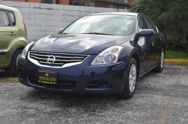 2012 Nissan Altima 2.5 2.5 4dr Sedan