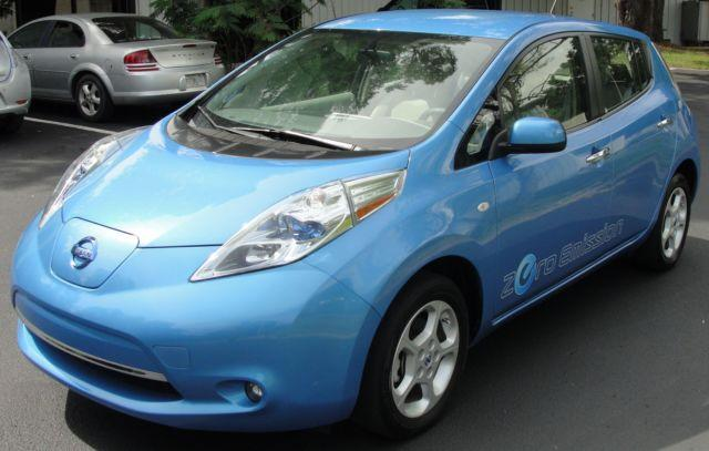 2012 Nissan Leaf SL 100% Electric Vehicle (Red or Blue)