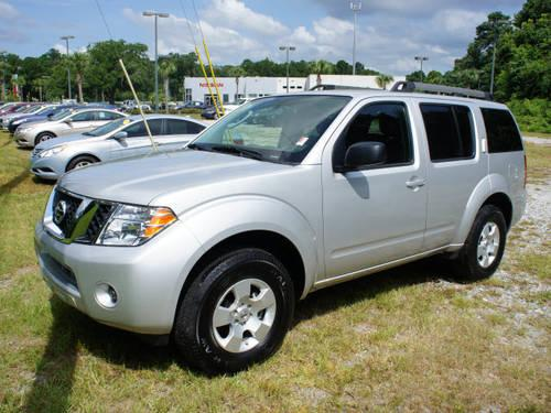 2012 nissan pathfinder suv le for sale in brunswick. Black Bedroom Furniture Sets. Home Design Ideas