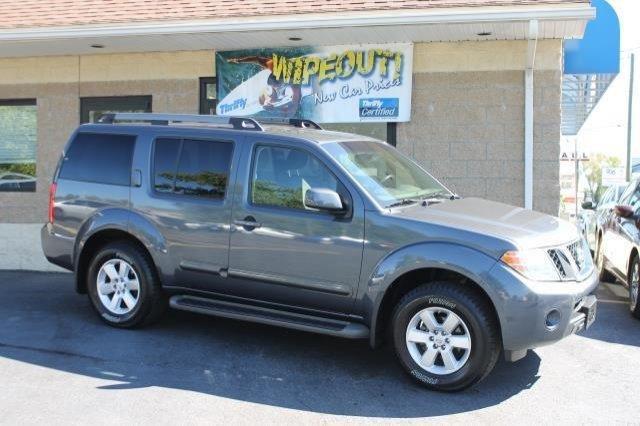 2012 nissan pathfinder sv springfield ma for sale in springfield massachusetts classified. Black Bedroom Furniture Sets. Home Design Ideas