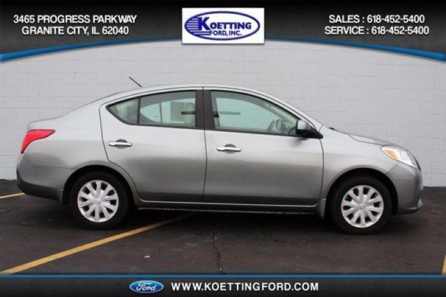 2012 nissan versa 1 6 sv for sale in granite city illinois classified. Black Bedroom Furniture Sets. Home Design Ideas