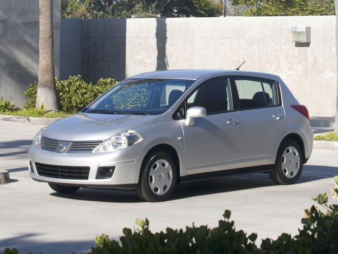 2012 Nissan Versa 1.8 S 1.8 S 4dr Hatchback 6M