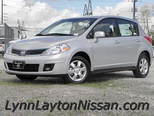 2012 nissan versa 1 8s hb ipod interface bluetooth alloys certifie for sale in decatur. Black Bedroom Furniture Sets. Home Design Ideas