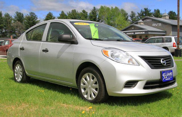 2012 nissan versa s we finance 912215 for sale in benson vermont classified. Black Bedroom Furniture Sets. Home Design Ideas