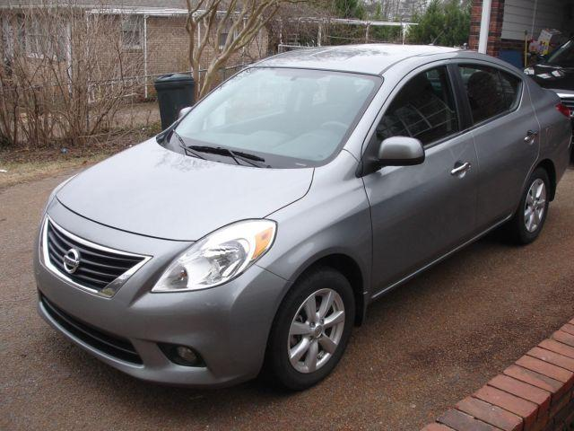 2012 nissan versa sl grey auto 35k miles for sale in spartanburg south carolina. Black Bedroom Furniture Sets. Home Design Ideas