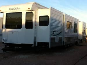 2012 ROADKING RV 2bedroom 3slides Mesa for Sale in