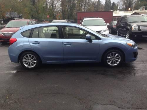 2012 subaru impreza premium awd hatchback for sale in gresham oregon classified. Black Bedroom Furniture Sets. Home Design Ideas
