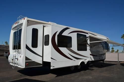 2012 Top Of The Line High End 5th Wheel San Antonio Model