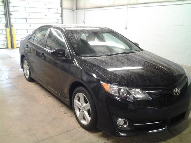 2012 toyota camry 4d sedan se for sale in cincinnati ohio classified. Black Bedroom Furniture Sets. Home Design Ideas