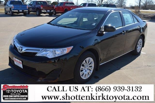 2012 toyota camry le quincy il for sale in quincy illinois classified. Black Bedroom Furniture Sets. Home Design Ideas