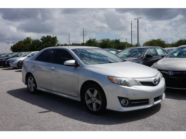 2012 toyota camry se se 4dr sedan for sale in fort lauderdale florida classified. Black Bedroom Furniture Sets. Home Design Ideas