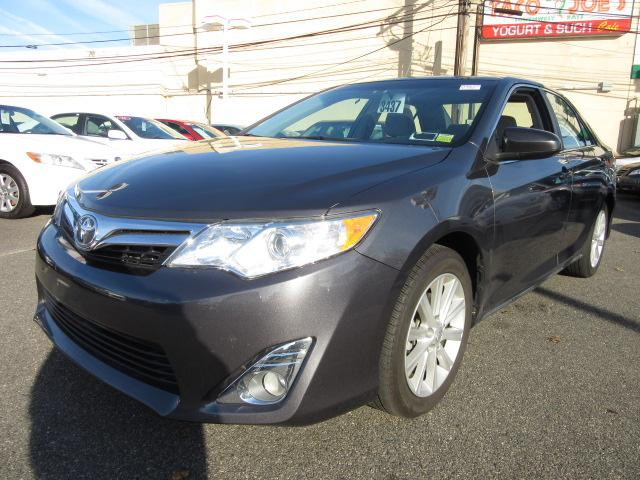 2012 toyota camry xle westbury ny for sale in westbury new york classified. Black Bedroom Furniture Sets. Home Design Ideas