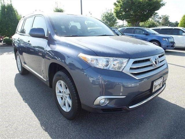 2012 toyota highlander se wake forest nc for sale in wake forest north carolina classified. Black Bedroom Furniture Sets. Home Design Ideas