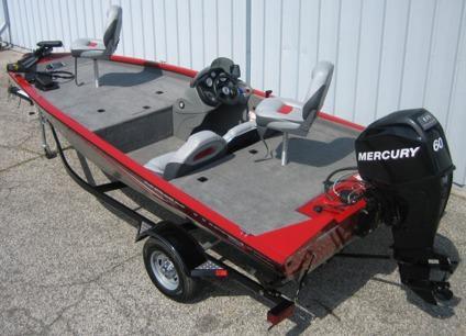 2012 Tracker Pro Team 175 TXW Aluminum Bass Boat