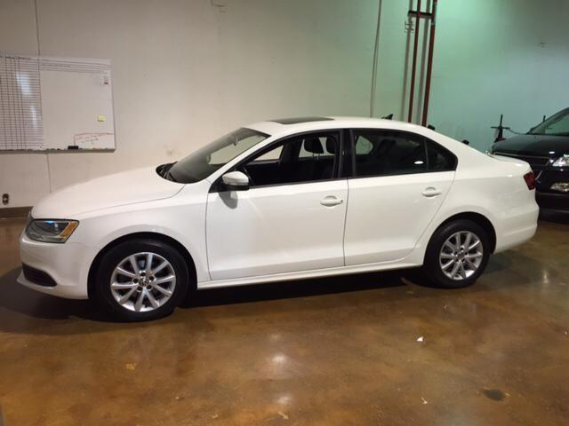 2012 volkswagen jetta 4dr car 2 5l se w convenience package sunroof for sale in darbydale ohio. Black Bedroom Furniture Sets. Home Design Ideas