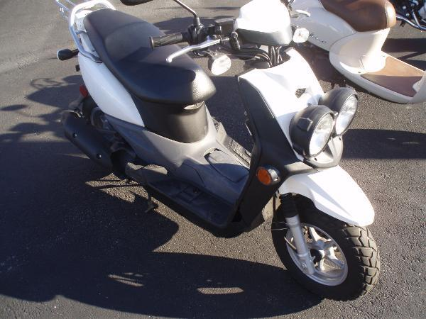 2012 Yamaha Zuma 50F for Sale in Virginia Beach Virginia