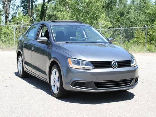 2012 volkswagen passat tdi se for sale in grand rapids michigan classified. Black Bedroom Furniture Sets. Home Design Ideas