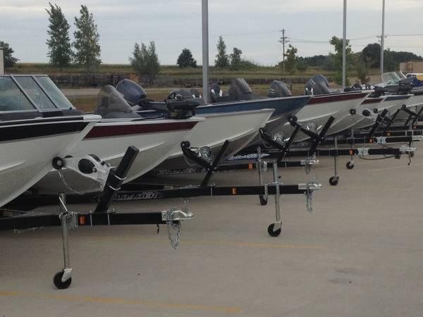 similiar alumacraft boat parts keywords 2013 alumacraft boat clearance for in carlisle minnesota
