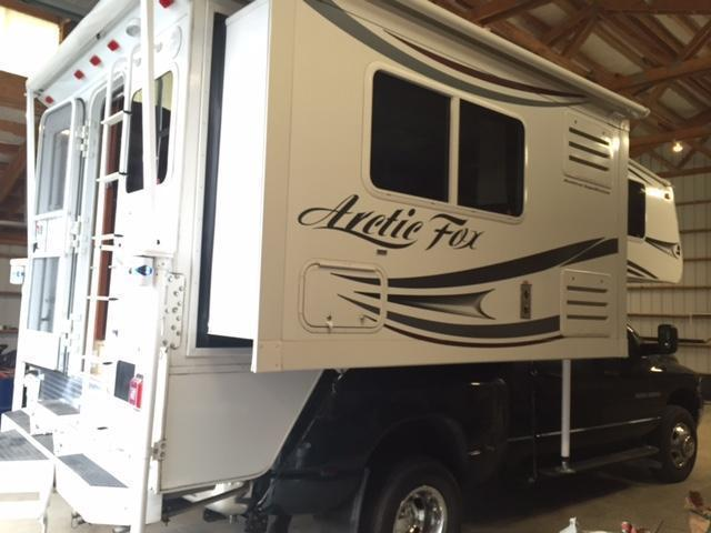 2013 Artic Fox 990S camper
