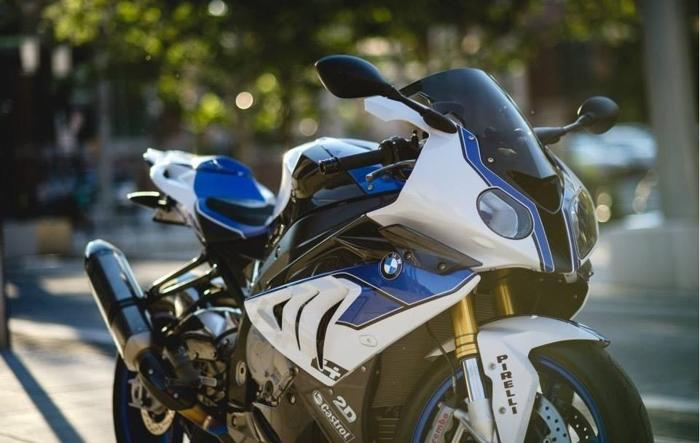 2013 BMW HP4 Competition White