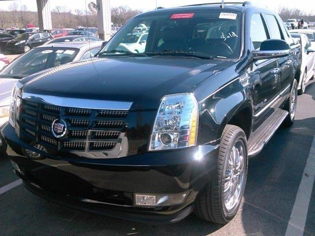 2013 Cadillac Escalade EXT Luxury AWD Luxury 4dr Pickup