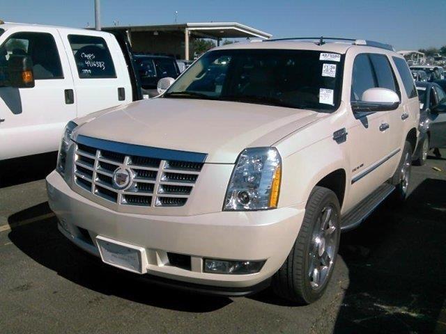 2013 Cadillac Escalade Luxury Luxury 4dr SUV