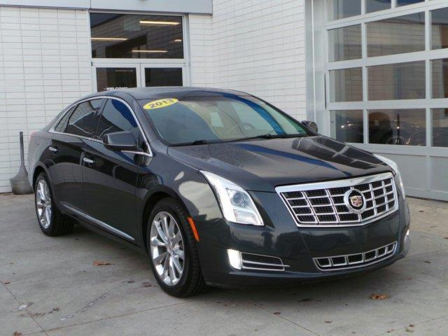 2013 Cadillac XTS Luxury Collection AWD Luxury