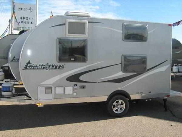 2013 Camplite 13' trailer with bunks - $17999