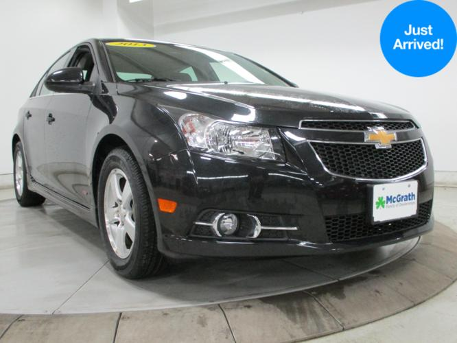 2013 chevrolet cruze 1lt manual 1lt manual 4dr sedan w 1sc. Black Bedroom Furniture Sets. Home Design Ideas