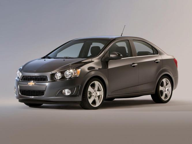 2013 Chevrolet Sonic LT Manual LT Manual 4dr Sedan
