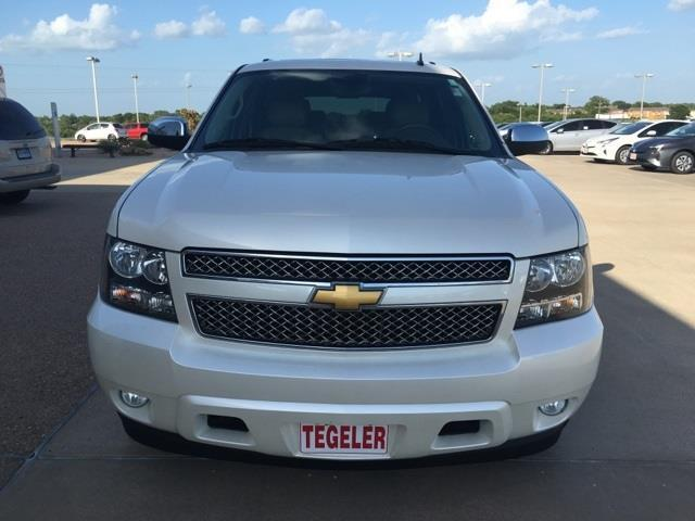 2013 chevrolet suburban ltz 1500 4x2 ltz 1500 4dr suv for sale in brenham texas classified. Black Bedroom Furniture Sets. Home Design Ideas