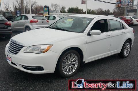 2013 chrysler 200 4 door sedan for sale in foxridge maryland classified. Black Bedroom Furniture Sets. Home Design Ideas