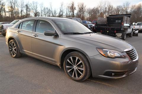 2013 chrysler 200 4 door sedan for sale in rhinebeck new york classified. Black Bedroom Furniture Sets. Home Design Ideas