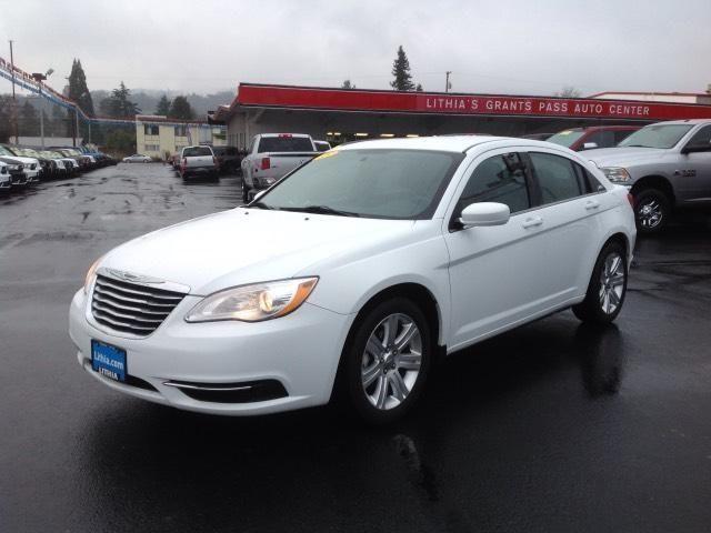 2013 Chrysler 200 4dr Sedan Touring Touring for Sale in ...