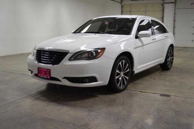 2013 chrysler 200 car s for sale in kellogg idaho classified. Black Bedroom Furniture Sets. Home Design Ideas